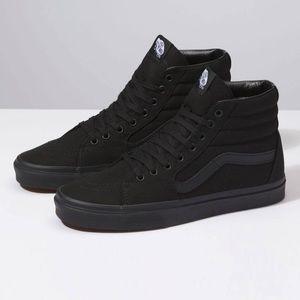 VANS Sk8-Hi Shoes in All Black